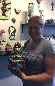 Lilia Venier Ceramics Customer, Jar with a Queen and Flowers