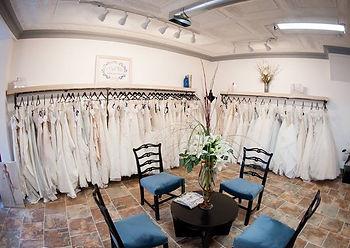 2dd2a618a32f reading bridal district , bridal district,bridal, brides, dress, shopping,  bochic