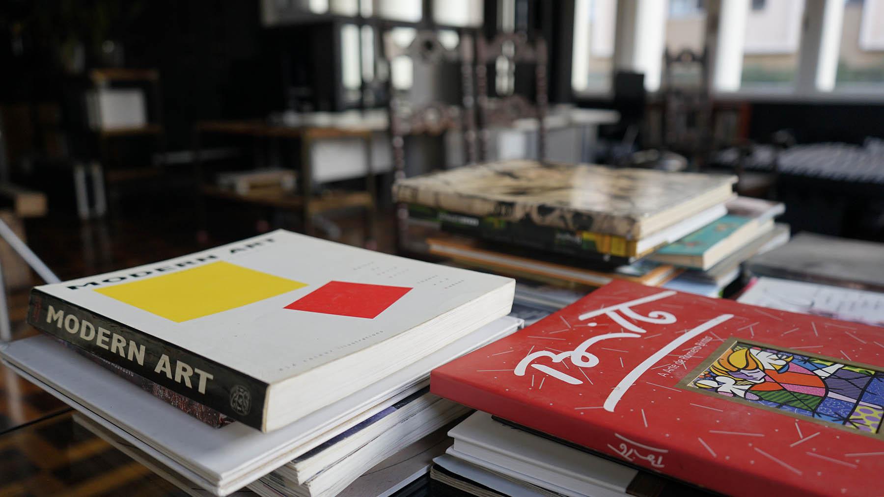 Acervo de livros e revistas