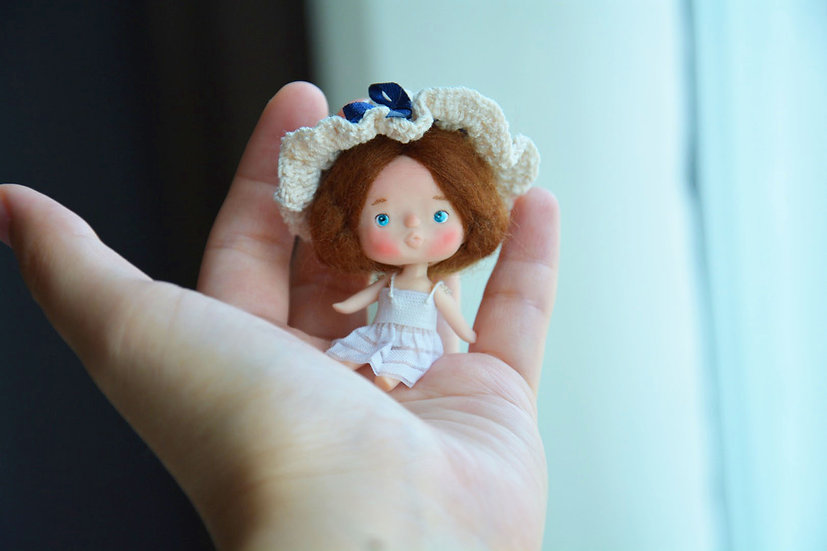 White dress hat tiny doll