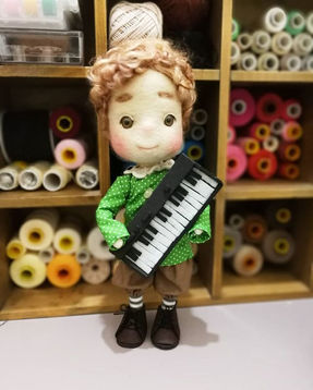 A commission work, little boy with piano