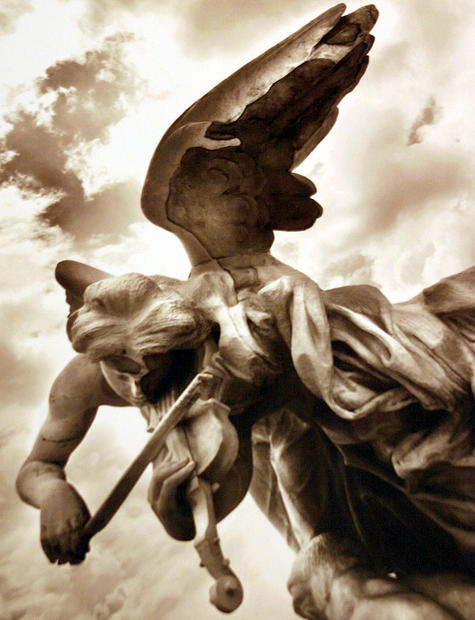angel playing Violine.jpg