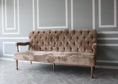 Sofa €950.00