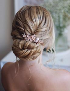 textured-bridal-bun-rose-gold-clip.jpg