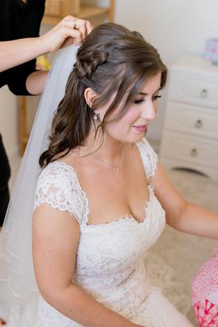 Bride-veil-hair-dutch-braids.jpg
