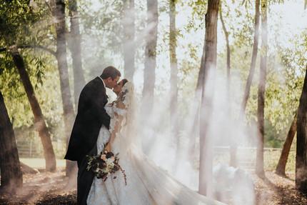 wedding-couple-smoke.jpg
