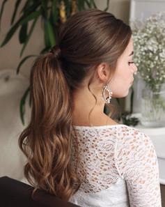 bridal-hair-ponytail.jpg