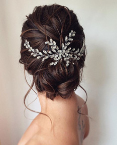 low-textured-bun-with-a-vine