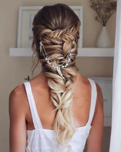 Bridal-fishtail-plait-hair.jpg