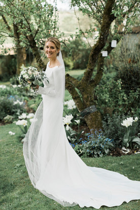bride-dress-train.jpg