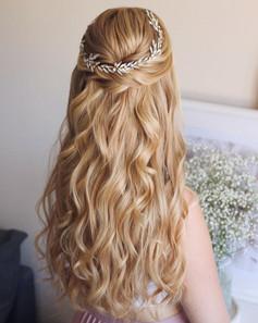 bridal-hair-half-up.jpg