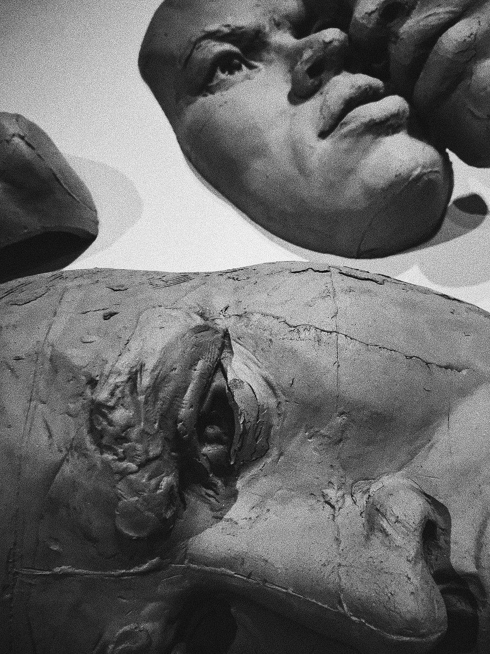esculturas_FERNANDO POLETTI_exposição_CORPOS EM TRÂNSITO