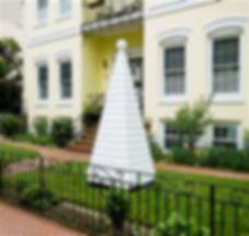 White House Light HouseVinyl, wood10x3x3