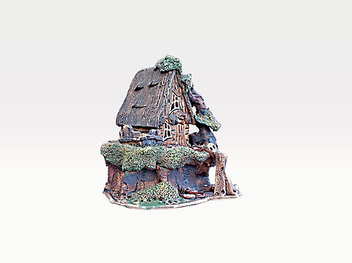 House candle holder /Oil Incense Burner Size: 13x10x12 cm.  SKU:33h-FSC-01