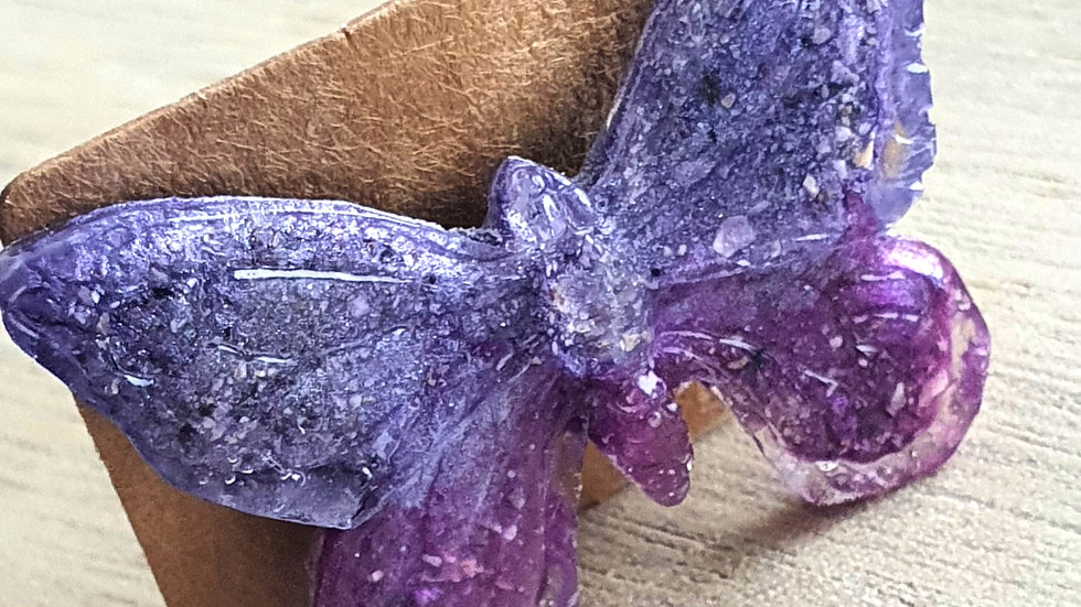 Butterfly brooch with ashes/hair/fur