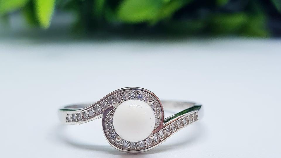 Wave diamante breastmilk ring