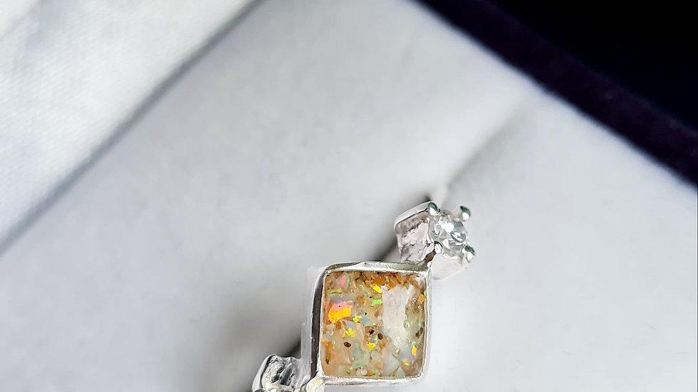 Square diamante memorial ring