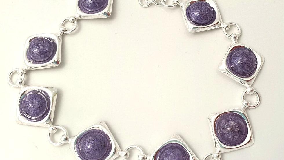 8 pendant bracelet