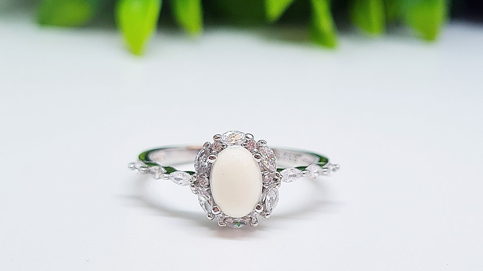 Marquise oval diamante breastmilk ring