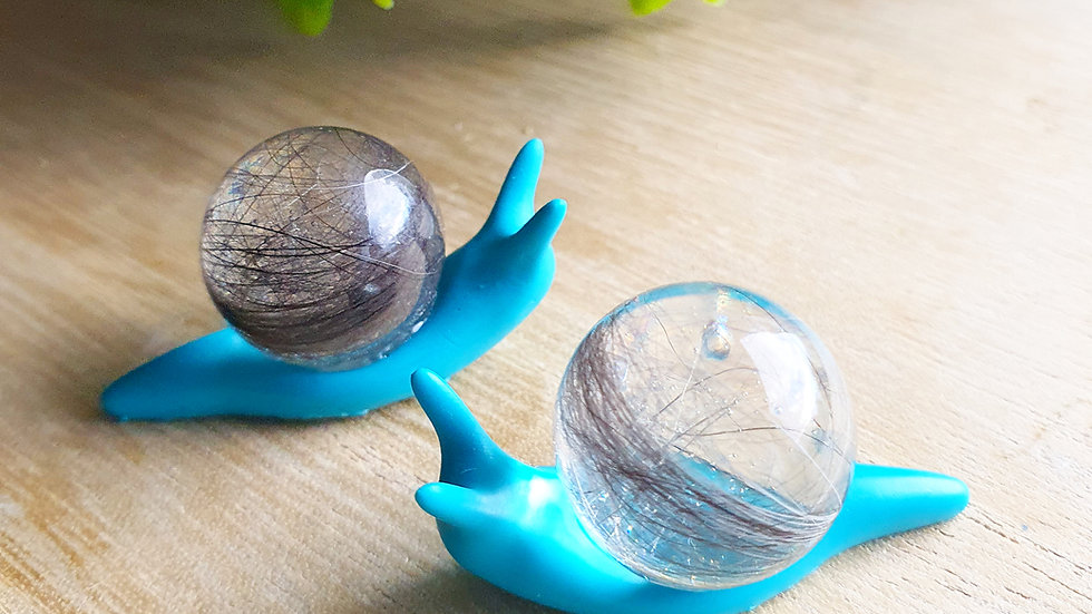 Snail orb keepsake