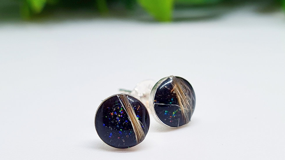 Stud earrings with ashes/hair/fur