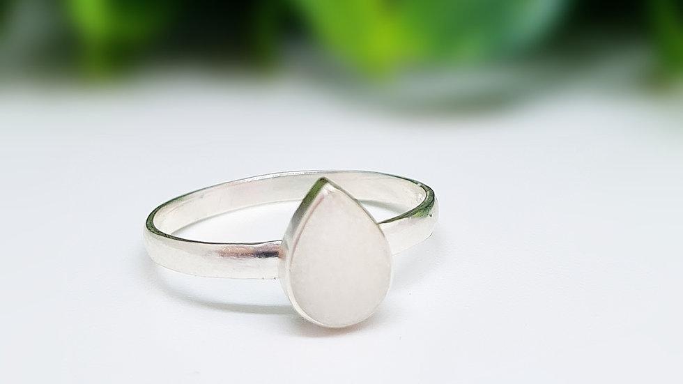Teardrop breastmilk ring