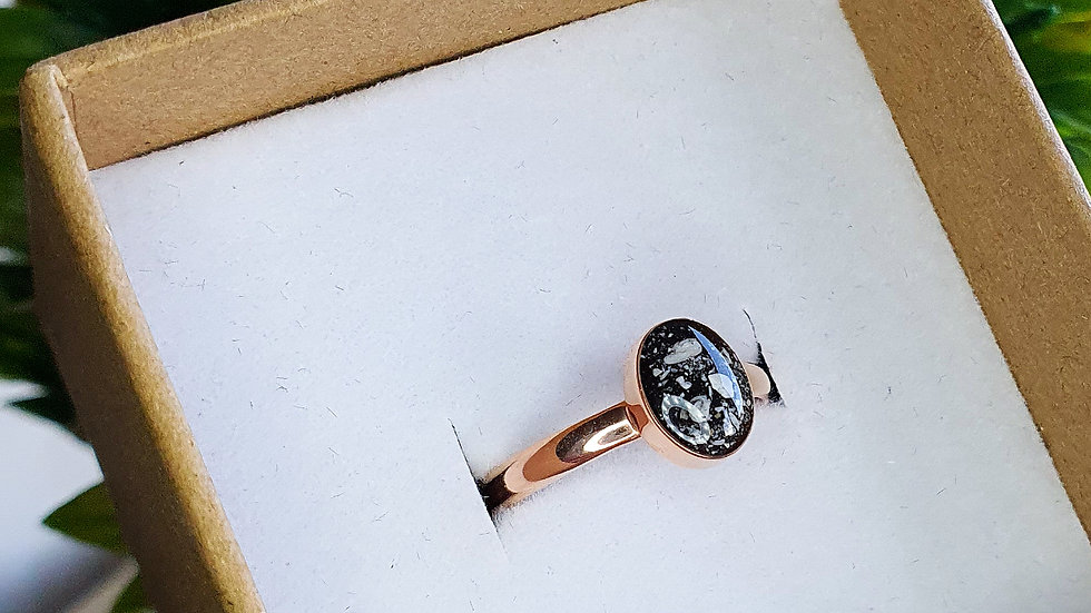 Rose gold plated sterling silver oval ring