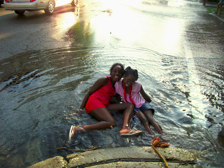 2010-Tanesha Jordan  -Two Girls + Water