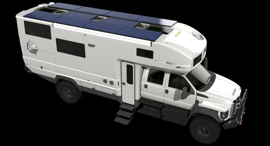 EarthRoamer-XV-HD-Passenger-Solar_Exteri