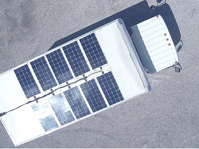 Solar-Box-Truck-2_已編輯_已編輯_edited.jpg