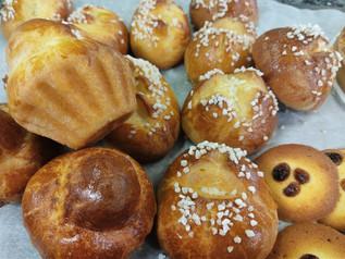 Brioches parisiennes et rondes au sucre