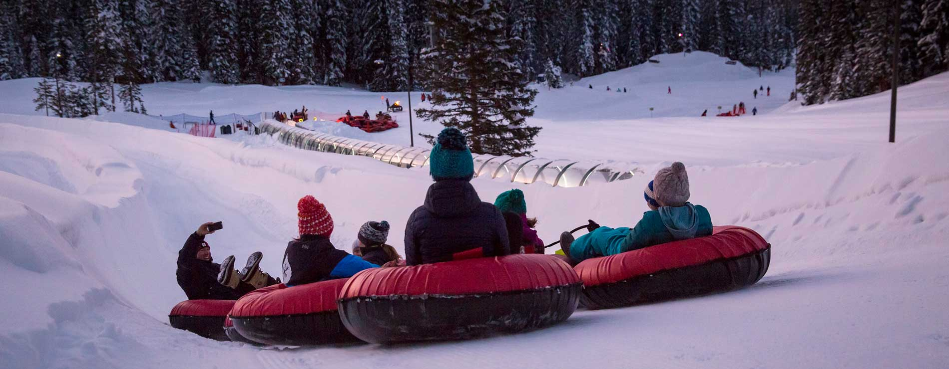 2016_Winter_Activities_Tubing_SH.jpg