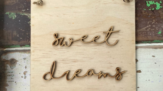 'Sweet Dreams' Wooden Sign