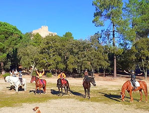 Rutas a caballo Castillo y Ermita de Farners