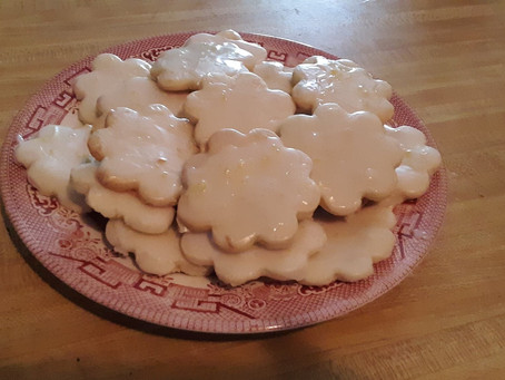 Aunt Gloria's Lemon Cookies