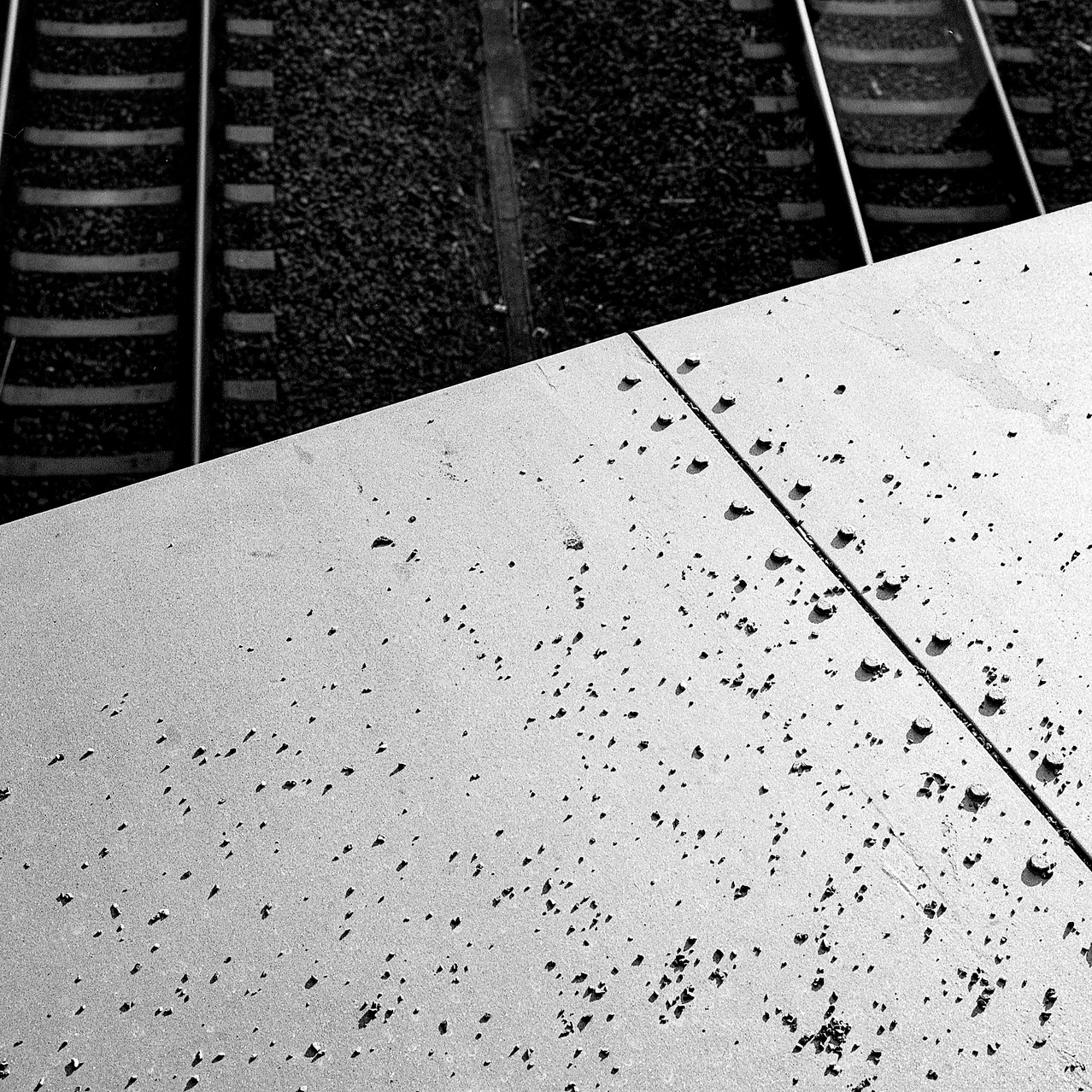 Tracks/Rivets, 2018