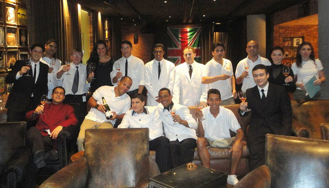 Aula para o equipe do Hotel Fasano sobre Espumantes.