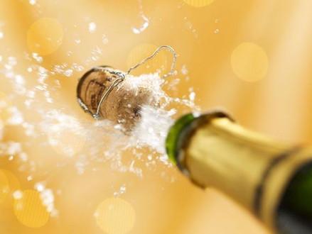 Aprenda a diferença entre champanhe, cava, prosecco e outros vinhos espumantes
