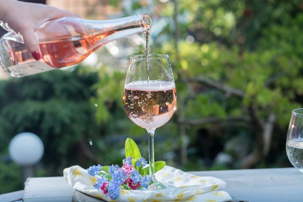 Rosés casam muito bem com a primavera (Foto: Reprodução)