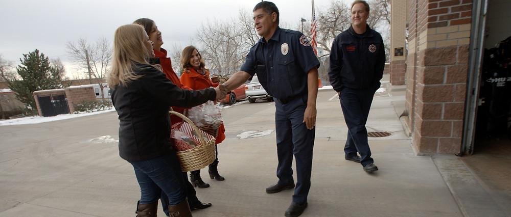 Bloggers meet the firemen