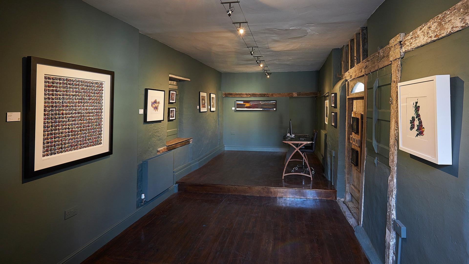 The Dragon Gallery Spring Exhibition 8