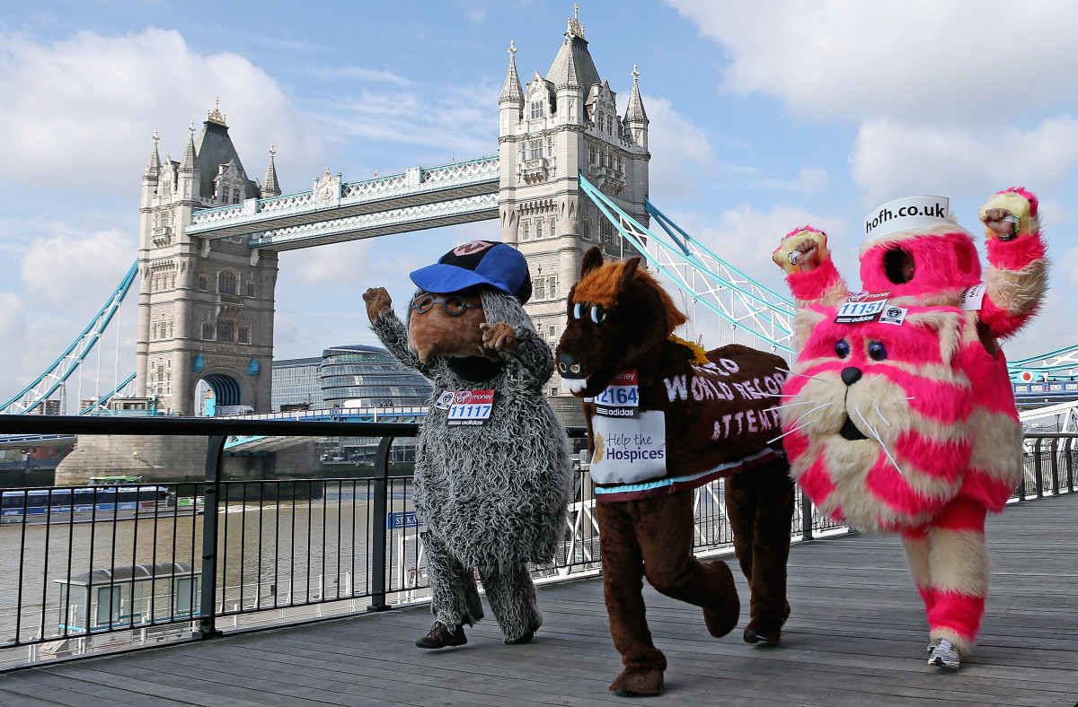 Womble horse bagpuss tower bridge.png