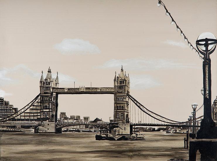 London, Tower Bridge mono