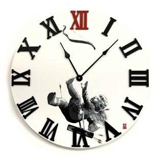 Retiring Cupid Clock