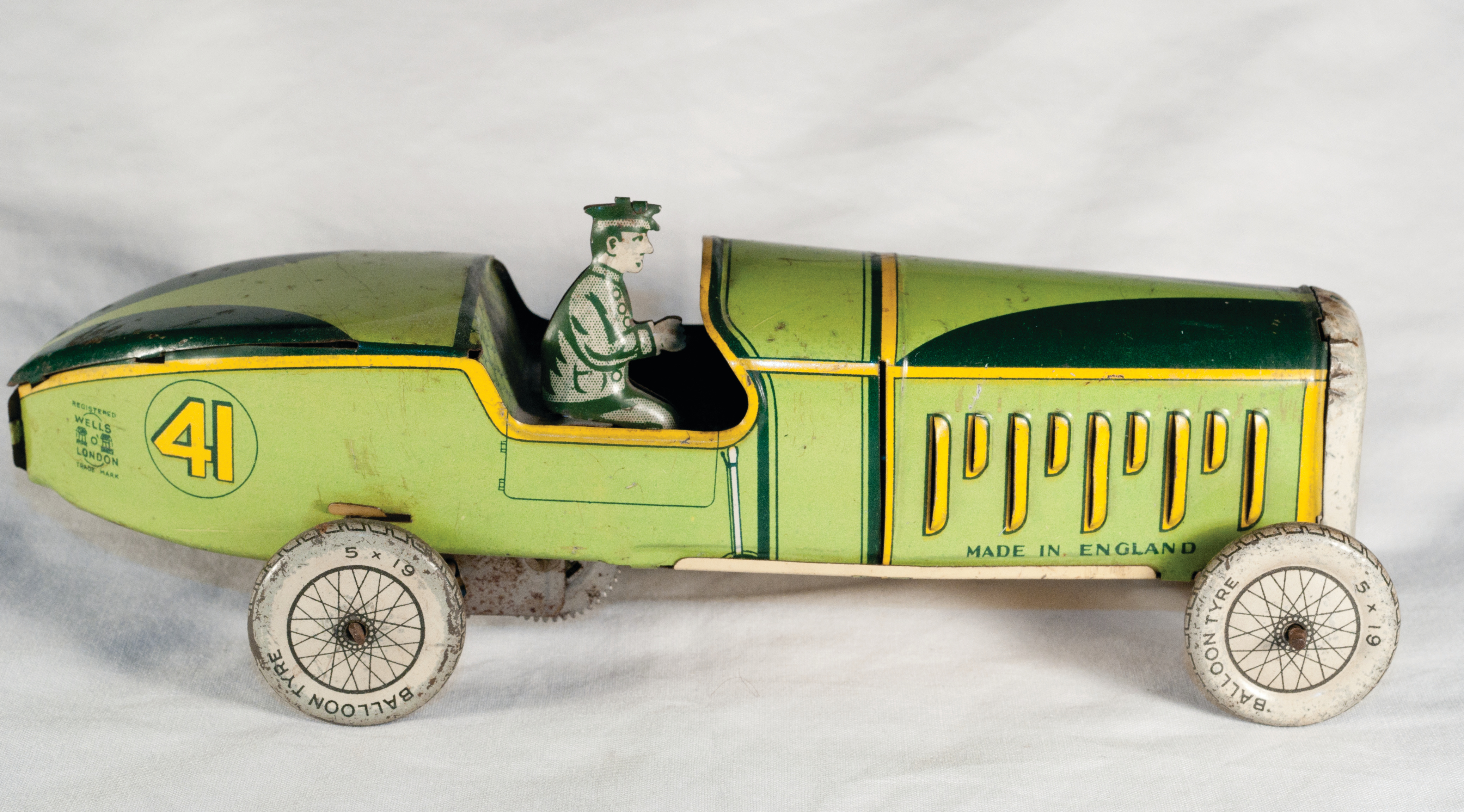 DTT0051 Green Car No 41 Pic 3