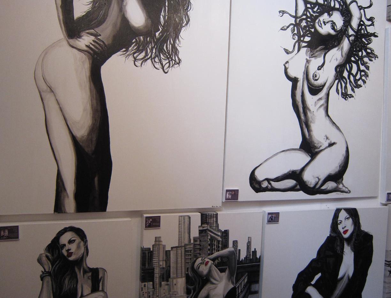 Mandii Pope Exhibition 2011 4 nudes 2.JP