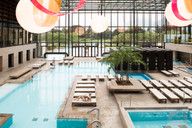 therme_meran_indoorpools_modern_schwimme