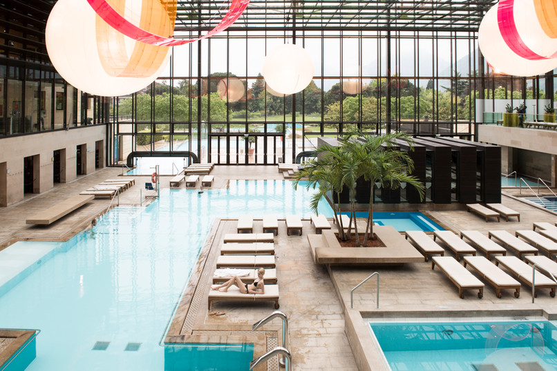 therme_meran_indoorpools_modern_schwimme