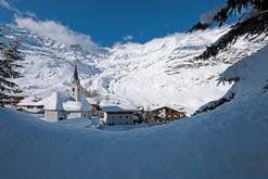pfelders_winter_dorf_kirche_bergdorf_lan