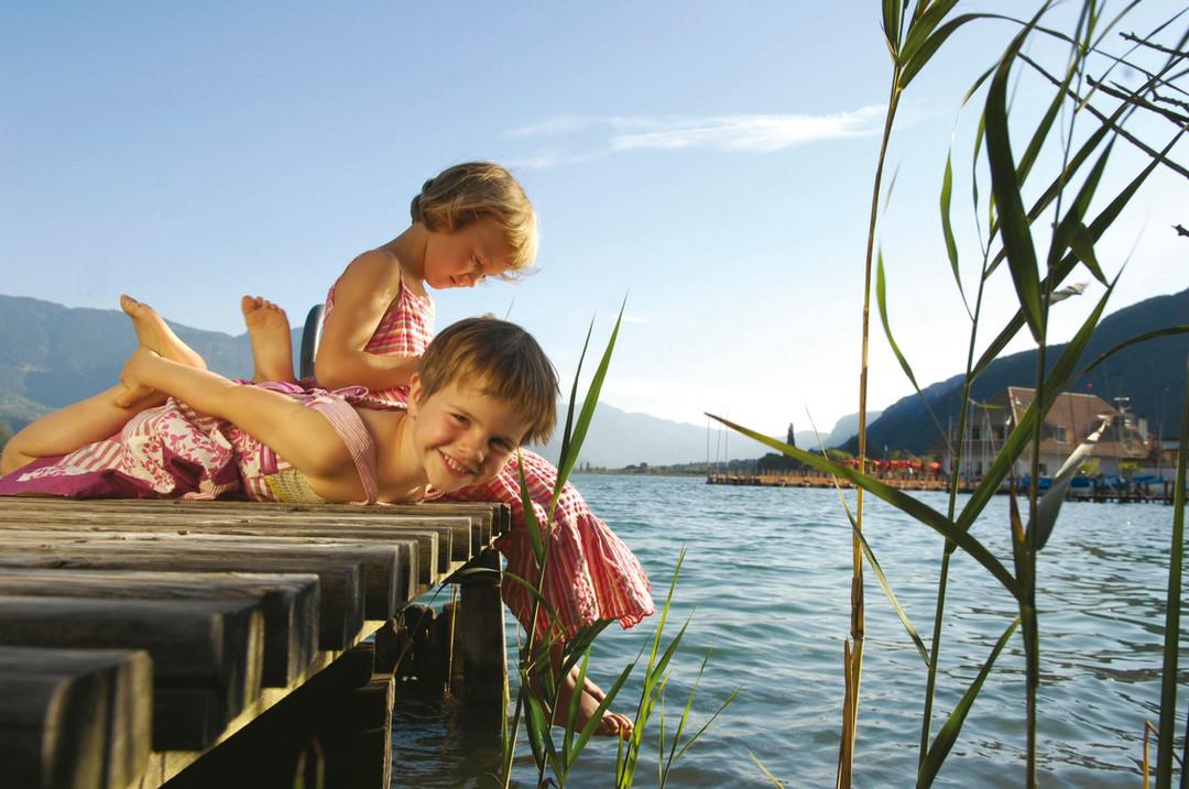 badespass_see_kinder_abenteuer_schwimmen